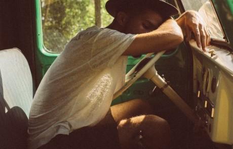 עייפה? 12 טיפים איך להשאר עירנית בנהיגה